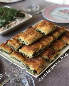 I have a burrito recipe with whom I& made compliments, made . Pastry Recipes, Cooking Recipes, Turkish Recipes, Ethnic Recipes, Empanadas, Snacks, International Recipes, Family Meals, Good Food