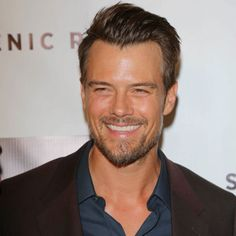 A list of the hottest celebrity men over 40... #joshduhamel #clooney