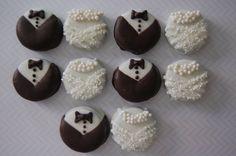 BRIDE and GROOM Oreos by PlainOldeJane I NEED THESE