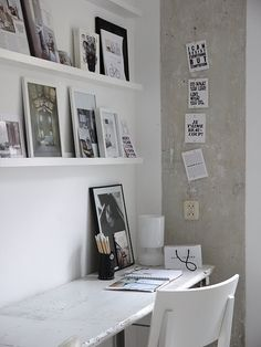 paint desk white