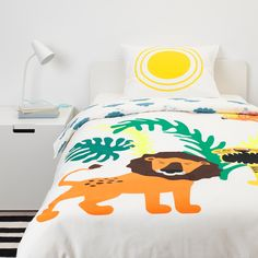 IKEA offers everything from living room furniture to mattresses and bedroom furniture so that you can design your life at home. Check out our furniture and home furnishings! Childrens Bed Linen, Kids Bed Linen, At Home Furniture Store, Modern Home Furniture, Ikea Baby, Bedroom Blinds, Ikea Family, Fluffy Rug, Single Duvet Cover