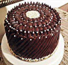 Chocolate Boutique Cake- Çikolatalı Butik Pasta The image is superb and you must definitely taste it so absolutely delicious …. Healthy Cake, Vegan Cake, Pretty Cakes, Cute Cakes, Chocolate Boutique, Ganache, Blueberry Cake, Cake Images, Bakery Cakes
