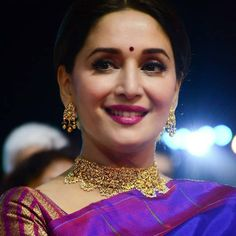 Bollywood Fashion, Bollywood Actress, Bollywood Saree, Madhuri Dixit Saree, Sabyasachi, Ikkat Dresses, Wedding Guest Looks, Saree Photoshoot, Vintage Bollywood