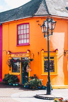 Kinsale // Die Gourmetstadt Irlands + meine vegetarischen Restaurant Tipps auf VANILLAHOLICA.com Kinsale // Die Gourmetstadt Irlands + meine vegetarischen Restaurant Tipps In Irland wird das Essen groß geschrieben. Egal ob Fleisch, Vegetarisch oder vegan, es wird hier zelebriert. Nicht nur die schönen Landschaften wie Klippen, Küsten, Strände verwöhnen deinen Urlaub in Irland. Nein. Das Essen bietet dabei auch einen ganz großes Erholungswert.