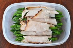 Turkey wrapped asparagus is yum. It& easy. It& healthy. I rinse and then I snap the ends off of a bunch of asparagus. Dairy Free Quiche Recipes, Dairy Free Soy Free Recipe, Gluten Free, Food For Breastfeeding Moms, Baby Food Recipes, Healthy Recipes, Healthy Meals, Keto Recipes, Turkey Wraps
