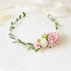 Beautiful baby blush pink flower crown. Flowers made of paper flowers, very light and neat. Suitable for any exciting event: birthday, photo shoot or just for a fun image! Due to the flexible design of wreath individually adapts to the shape of the head. Length of child flower crown is