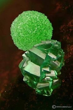 Conichalcit with Adamite.