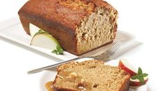 Be tempted by this easy Apple snack loaf recipe Cooking Bread, Bread Baking, Loaf Recipes, Baking Recipes, Apple Snacks, Canadian Food, Loaf Cake, Sweet Bread, Banana Bread