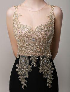 Deslumbrante vestido de noite de sereia Applique dourado do Chiffon preto com strass ilusão corpete e Tribunal trem - Milanoo.com