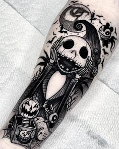 lower back tattoos cover up Upper Arm Tattoos, Arm Tattoos For Women, Leg Tattoos, Lower Back Tattoos, Arm Band Tattoo, Body Art Tattoos, I Tattoo, Sleeve Tattoos, Fröhliches Halloween
