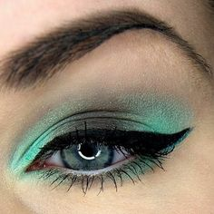 Choco mint - Eye make-up, makes me think of after eight chocolates