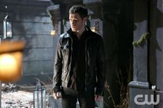 """The Originals -- """"Le Grand Guignol"""" -- Image Number: OR115b_1536.jpg -- Pictured: Joseph Morgan as Klaus -- Photo: Quantrell Colbert/The CW -- © 2014 The CW Network, LLC. All rights reserved."""