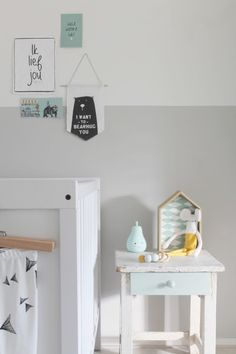 mini gallery wall for the nursery