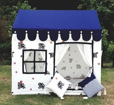 Teepee Party, Kids Teepee Tent, Play Tents, Teepees, Indoor Tent For Kids, Indoor Tents, Cool Tents, Amazing Tents, Childrens Tent