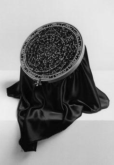 El arte de la alta costura, según Chema Madoz