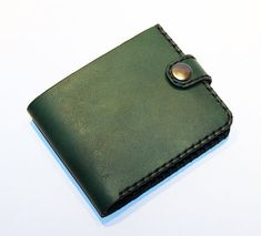 Material: leather Color: green Size: length 11cm width 9cm There are 3 card slots inside  If you have any questions please write :)