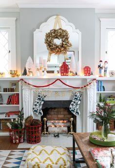 Christmas Shelfie via www.inspiredbycharm.com