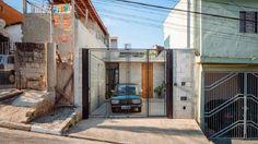 """Um imóvel na Vila Matilde, zona leste de São Paulo ganhou o prêmio internacional """"Building of the Year 2016"""" (melhor construção do ano), promovido por um dos mais importantes sites de arquitetura do mundo, o ArchDaily. O prêmio elege entre milhare..."""