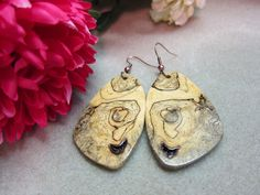 Rare Exotic Wood Earrings Sindora Burl by ExoticWoodButtonsAnd, $45.00