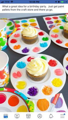 Art Birthday Party Ideas for Kids - Moms & Munchkins Art Birthday Party Ideas<br> Does your little one love painting, coloring, making sculptures or drawing? Then a fun Art Birthday Party may be the perfect theme! Here are some fun ideas. Housewarming Party, Birthday Fun, Birthday Party Food For Kids, Kids Birthday Cupcakes, Art Birthday Cake, Paint Birthday Parties, Crafts For Birthday Parties, Birthday Stuff, Artist Birthday Party