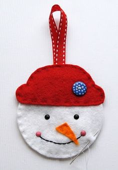 Felt Snowman Bag Pattern and Tutorial | Felting | CraftGossip.com