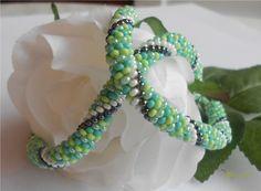 Chameleon Chameleon, Beaded Bracelets, Jewelry, Jewlery, Bijoux, Chameleons, Pearl Bracelets, Schmuck, Jewerly