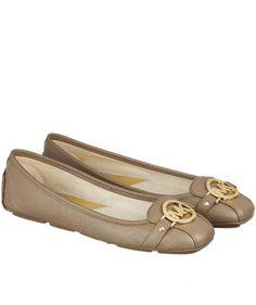 Ballerinas Fulton Moc von Michael Kors  #fashion #shoes #taupe #engelhorn