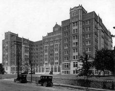 Vernon Manor Hotel, when it opened in 1924. Cincinnati, Ohio