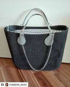 Obag Brush, O Bag, Fashion Bags, Fashion Trends, Leather Bag, Suitcase, Crossbody Bag, Chanel, Handbags