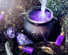 """Find and save images from the """" Wicca/Witchcraft"""" collection by ❀ Dayse ❀ (ladycereja) on We Heart It, your everyday app to get lost in what you love."""
