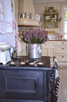 Casinha colorida: TOP 10: cozinhas no estilo cottage