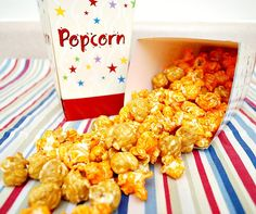 Homemade Chicago Mix...if you've been to #Chicago and love Garrett's Popcorn then this is for you!! #garrettspopcorn