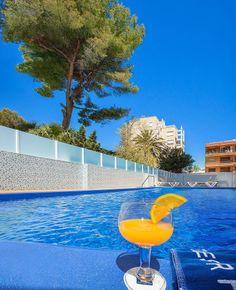 Hotel RH Gijón - 2ª Piscina Exterior, Outdoor Decor, Home Decor, Swiming Pool, Cozy, Walks, Hotels, Beach, Decoration Home