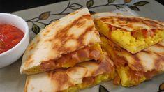 """ESA"" cheese omelette in pita bread Cookbook Recipes, Cooking Recipes, Healthy Recipes, Healthy Foods, Cheese Omelette, Tasty Videos, Quesadilla, Light Recipes, Street Food"