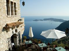 Chateau Eza, on the French Riviera, a sublime spot for a tiny destination wedding