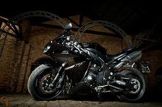 Uma moto por dia: Dia 93 – Yamaha R1 | Osvaldo Furiatto Fotografia e Design