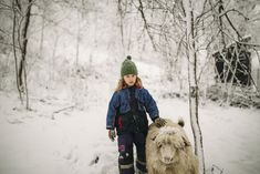 1. Exercițiu de mulțumire – Andreea Stanciu Winter Jackets, Snow, Outdoor, Pictures, Winter Coats, Outdoors, Winter Vest Outfits, Outdoor Games, The Great Outdoors