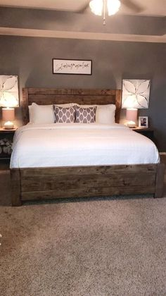 Modern farmhouse style combines the traditional with the new makes any space super cozy. Discover best rustic farmhouse bedroom decor ideas and design tips. Farmhouse Master Bedroom, Master Bedroom Design, Dream Bedroom, Home Decor Bedroom, Modern Bedroom, Master Bedrooms, Bedroom Bed, Bedroom Designs, Master Room