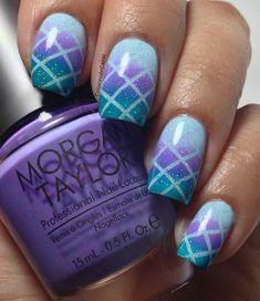 Colores de Carol: Crisscross Gradient Nails