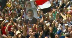 Egitto: sostenitori Morsi sfidano governo, continuano sit-in al Cairo