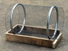 simple trammel style compost/dirt sifter