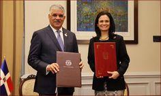 Canciller Miguel Vargas y la Vicepresidenta y Canciller de la República de Panamá, Isabel de Saint Melo de Alvarado.