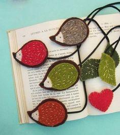 Felt bookmarks by Sirlei Toledo Book Crafts, Hobbies And Crafts, Felt Crafts, Fabric Crafts, Sewing Crafts, Craft Projects, Sewing Projects, Crafts For Kids, Hedgehog Craft
