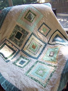 Log Cabin Quilts Photo Gallery and Layout Tips: Log Cabin Baby Quilt