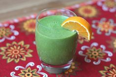 Pineapple Orange Banana Spinach Smoothie-- This is really yummy! Fresh pineapple gives the best results. Orange Banana Smoothie Recipe, Orange Juice Smoothie, Spinach Smoothie Recipes, Healthy Smoothies, Healthy Drinks, Barefeet In The Kitchen, Smoothie Ingredients, Raw Food Recipes, Brunch Recipes