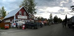 Who doesn't love Talkeetna?!  #Alaska-Travel-Journal_Talkeetna-Main-Street