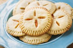 Filled with wonderfully sweet and tangy apricot preserves, Apricot Sugar Cookie Pies are the perfect treat for the season! Apricot Pie, Apricot Recipes, Fig Recipes, Baking Recipes, Mini Desserts, Cookie Desserts, Just Desserts, Cookie Recipes, Dessert Recipes