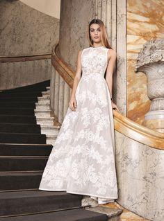 a61217b4f48 La nouvelle collection de robes de mariée Maria Luisa Printemps 2016