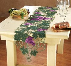 Grapevine Vineyard Kitchen Table Runner