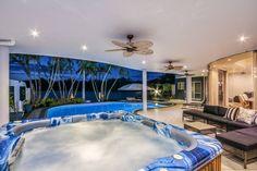 Therapeutic spa - sanctuary cove, oplulent, water front, views, private spa bath inside $389 per night